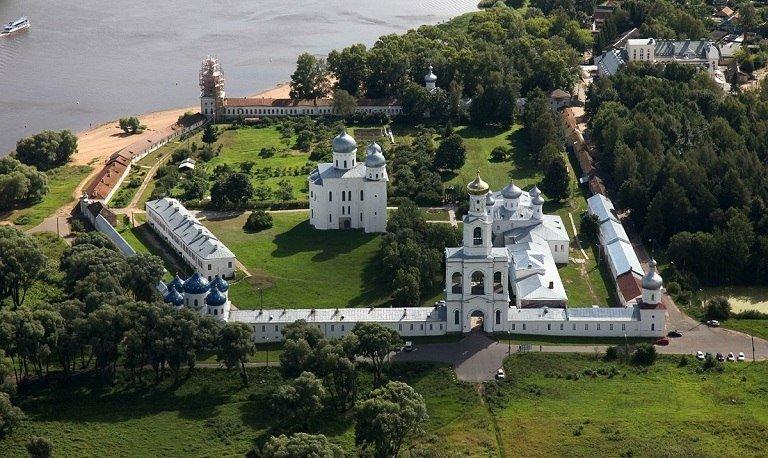 Юрьев монастырь в Великом Новгороде